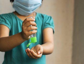 L'utilisation du gel hydroalcoolique (SHA) chez l'enfant